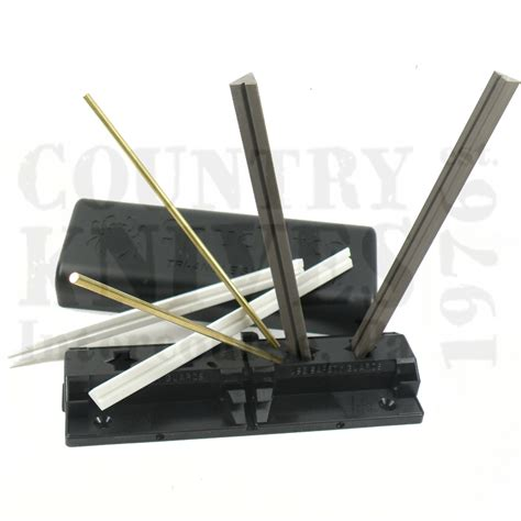 spyderco sharpmaker kitchen knives spyderco 204mf tri angle sharpmaker sharpening system