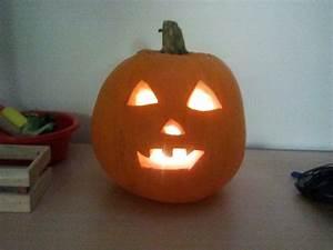 Tete De Citrouille Pour Halloween : halloween cr er sa citrouille en papier cartonn education ~ Melissatoandfro.com Idées de Décoration
