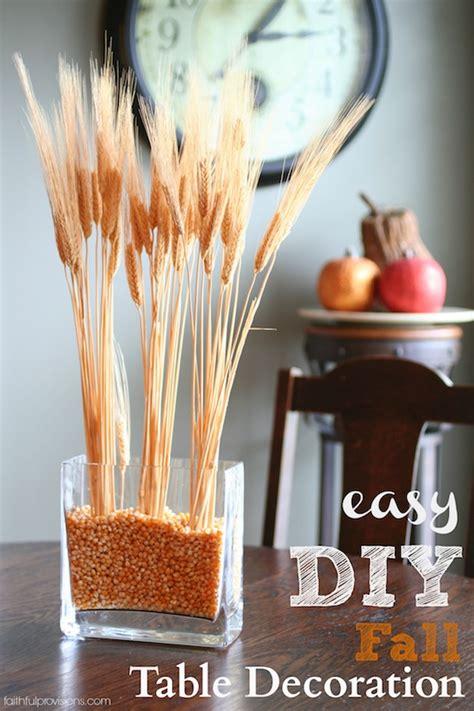 easy diy fall table decoration faithful provisions