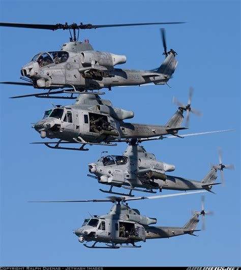 Bell Ah-1w Super Cobra (209)
