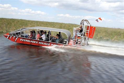 everglades fan boat rides everglades airboat tours at everglades holiday park