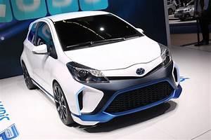 Toyota Yaris Hybride Avis : 400 chevaux et 3 moteurs pour cette boule de nerfs hybride toyota auto evasion forum auto ~ Gottalentnigeria.com Avis de Voitures