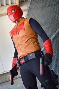 Red Hood / Jason Todd   Wiki   Cosplay Amino