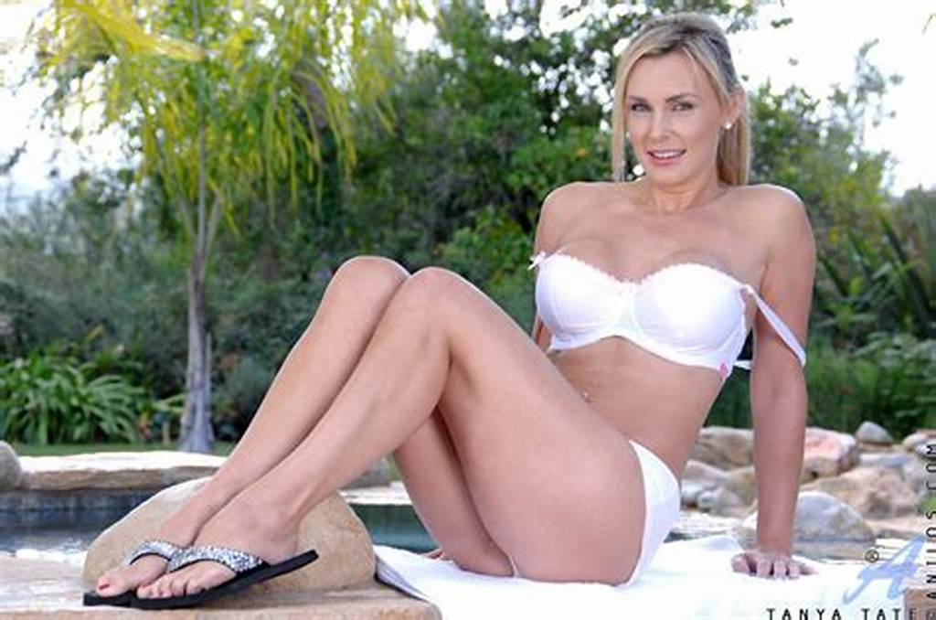 #Anilos #Cougar #Tanya #Tate #Takes #Off #Her #Bra #And #Panties