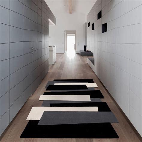 tapis de couloir design le tapis de couloir la touche confort en plus pour votre int 233 rieur