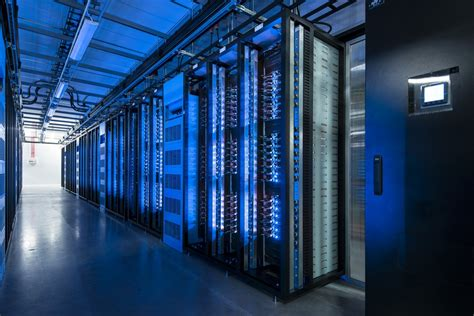 Light Center by 15 Photos Of Data Centers Business Insider