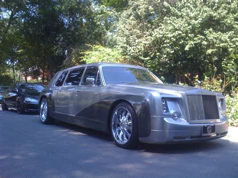Royal Limousine by Hire A Fantastic Rolls Royce Phantom Limo With Exceptional
