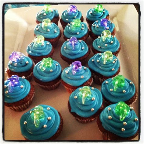 baby shower cupcakes with pacifiers 25 best ideas about pacifier cupcakes on baby