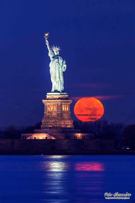 Best 25 Statue Of Ideas On Pinterest Statue Of Liberty