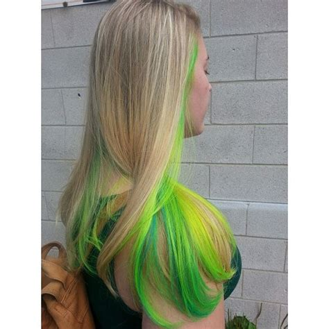 Hair With Color Underneath by With Neon Yellow And Green Underneath Hair Colors