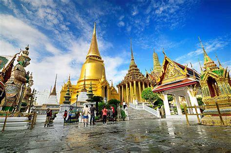 les  beaux temples de thailande