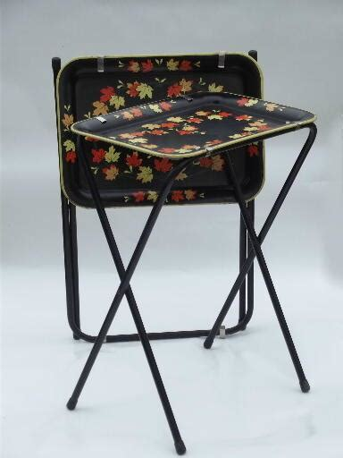vintage tin tray tv tables folding snack tables  falling leaves print
