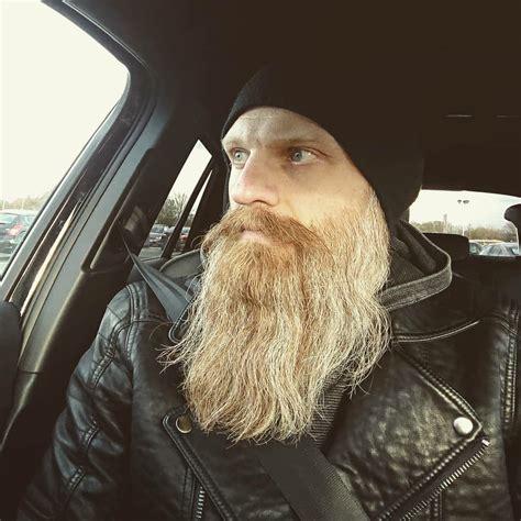 Vikings are known for their wild style and outdoorsy nature. big beard | Viking beard, Beard tips, Beard life
