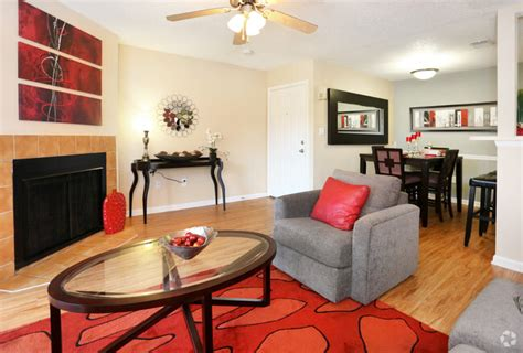waterstone  carrollwood apartments  rent  tampa fl