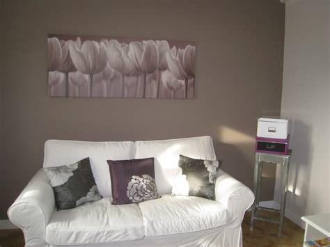 peinture beige chambre impressionnant peinture beige et taupe et chambre mur gris