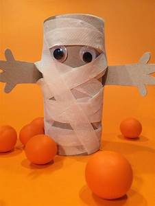 Ideen Für Halloween : kinderleicht eine mumie aus papier basteln hello mime ~ Frokenaadalensverden.com Haus und Dekorationen