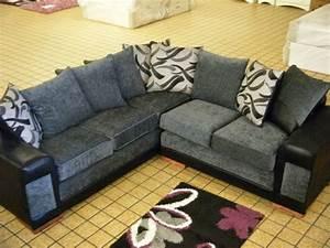 le salon d39angle cuir votre endroit chic preferee With tapis persan avec canapé cuir et tissu