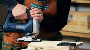 How to Use a Jigsaw Woodworking - YouTube