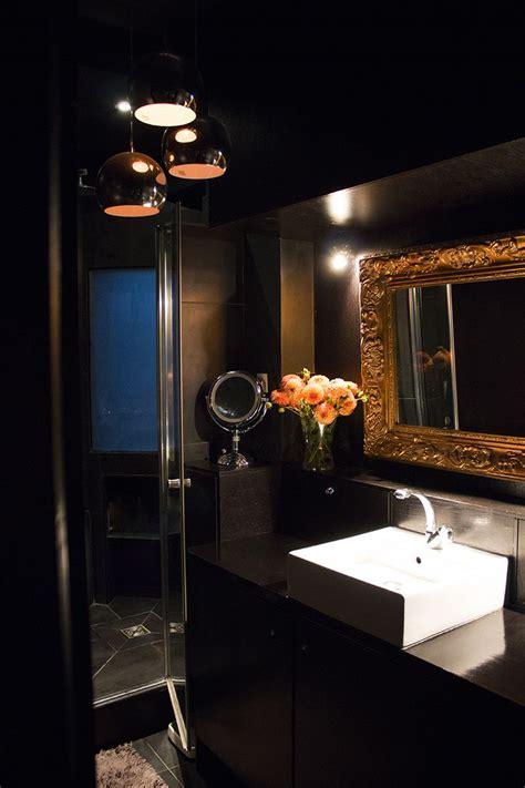breuer salle de bain salle de bain chic con 231 ue comme une salle de bain d h 244 tel en noir or salle de bain