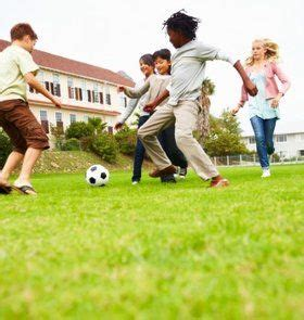 playing sports   food allergy teaching kids