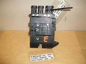 Renault Megane 2010 Grand Scenic 2011 Battery Fuse Box Ecu