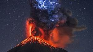 Lightning Hits Lava At Mexican Volcano  Photos Are Incredible