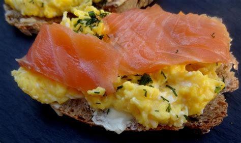 cuisiner choux bruxelles laks og eggerøre norvège saumon aux œufs brouillés