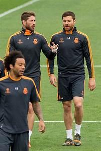 Xabi Alonso Photos Photos - UEFA Champions League Final ...