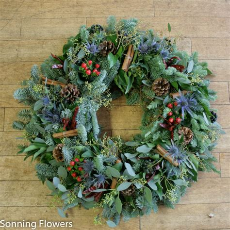 christmas wreath making  reading sonning flowers