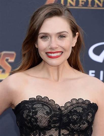 Olsen Elizabeth Avengers Premiere Infinity War Angeles