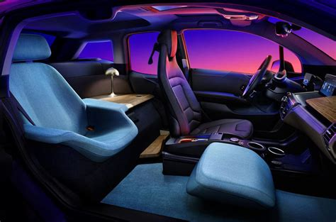 bmw  urban suite features lounge style  seat