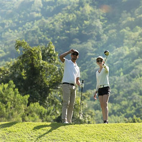 Check with your travel insurance provider to see whether golf insurance is included and the level of cover on offer. Amateur Golf Insurance | Full-Time Cover | Kick-Start Your Insurance
