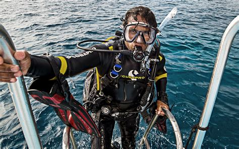 Padi Dive by Master Scuba Diver Rating Padi