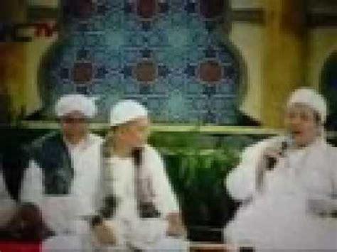 Diketahui ustaz tengku zulkarnain meninggal dunia saat azan maghrib atau berbuka puasa, senin (10/5/2021), di rs tabrani, jalan sudirman, pekanbaru. ustad Arifin&Kh.Tengku Zulkarnaen-puasa Ramadhan - YouTube