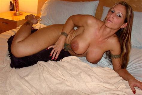 Busty Milf On Her Bed Milf Sorted By Position Luscious