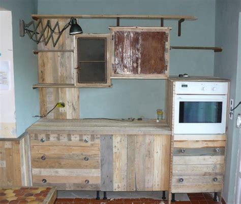 fabriquer une cuisine en bois fabriquer des meubles avec des palettes maison design