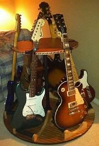 Pingl Par Sur Multiple Guitar Stands