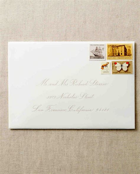 address guests  wedding invitation envelopes