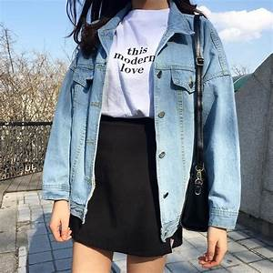 4/27/17 Hannah Talarico 90u0026#39;s grunge inspired look with a oversized denim jacket and a high ...