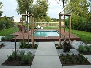 Gartengestaltung Mit Pool : garten mit pool eule gartenbau und landschaftsbau leipzig ~ A.2002-acura-tl-radio.info Haus und Dekorationen