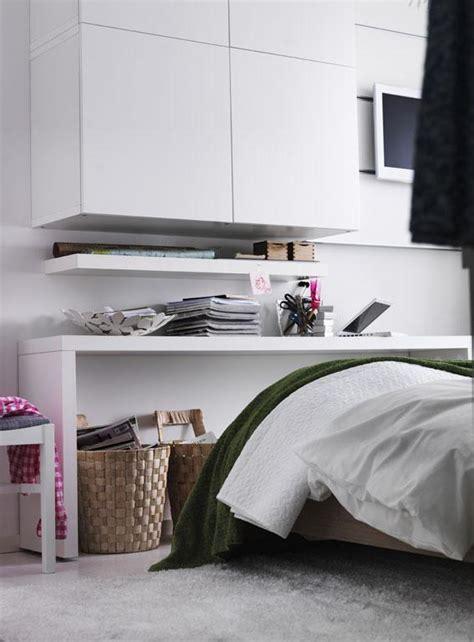 Einrichtung Kleiner Kuechekleine Kueche Mit Eingebauten Schraenke In Die Wand by Kleine R 228 Ume Mehr Stauraum Im Schlafzimmer Bild 5