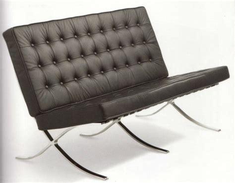 Divano Barcelona Rosso : Mies Van Der Rohe Barcelona Sofa Chair