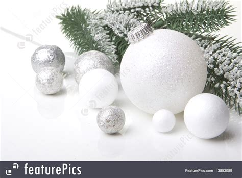 picture of white christmas ornaments