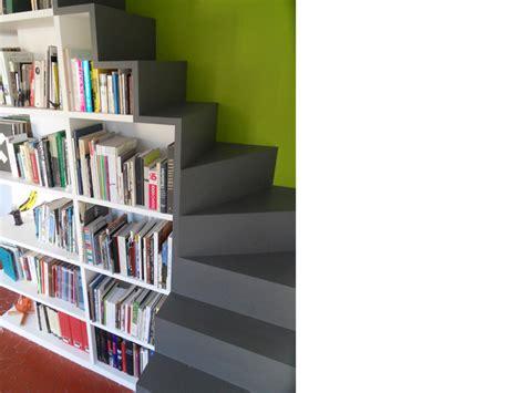 escalier bibliothèque opc