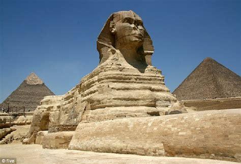 Apakah Sphinx Singa Berkepala Manusia Ada di Mars