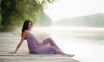 Roswell Photographer Maternity River Flower Dewy Session