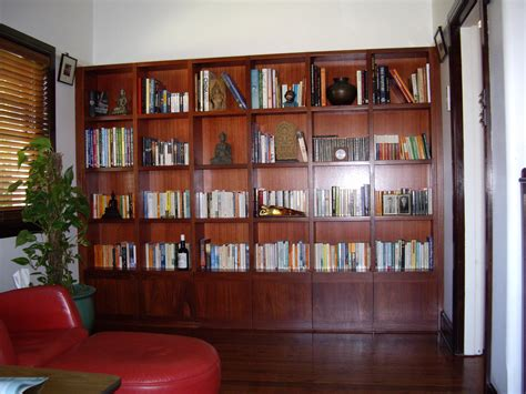 How To Make A Laminate Bookcase Look Like Built In