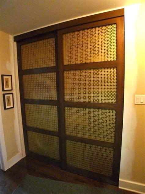 Porte De Garderobes