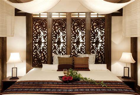 asian styleresidenceindonesia wood reliefbedlight
