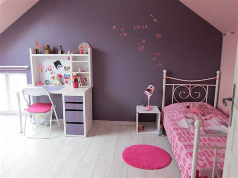 idee deco chambre fille rose  gris laguerredesmotscom
